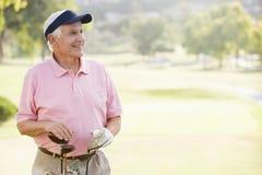verticale de mâle de golfeur Photo libre de droits