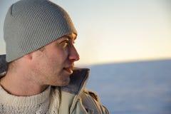 Verticale de mâle de l'hiver. Photographie stock libre de droits