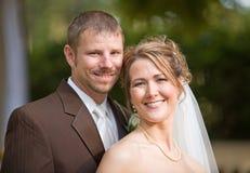 Verticale de mariée et de marié Images stock