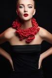 Verticale de mode de femme d'automne images stock