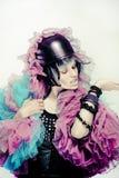 Verticale de mode de jeune belle femelle. Image stock