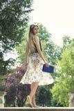 Verticale de mode de jeune beau femme Images stock