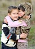 Verticale de petit garçon et de fille Photos libres de droits