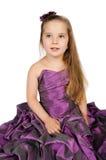 Verticale de petite fille mignonne dans la robe de princesse Photographie stock