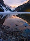 Verticale del Lake Louise fotografia stock