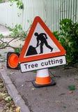Verticale del segno di taglio dell'albero Fotografia Stock