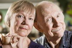 Verticale des couples aînés Photos stock