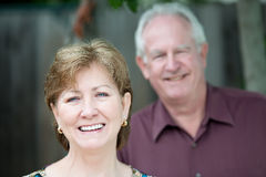 Verticale des couples plus anciens image libre de droits