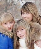Verticale des jeunes filles Photographie stock