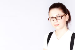 Verticale des lunettes s'usants de femme d'affaires Photos stock