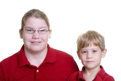 verticale deux de garçons Photos libres de droits