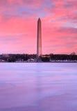 Verticale di alba del monumento del Washington DC Immagini Stock Libere da Diritti