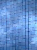 Verticale di riflessione del cielo Fotografia Stock