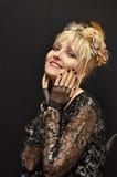 Verticale du charme blonde image libre de droits