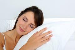 Verticale du sommeil de femme Images libres de droits