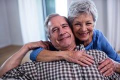 Verticale du sourire aîné de couples Images stock