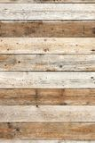 Verticale en bois de fond de vieux mur de grange Image stock