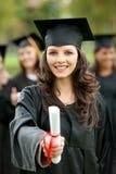 Verticale femelle de graduation Photos libres de droits