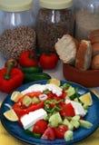 Verticale greco dell'insalata Fotografie Stock Libere da Diritti