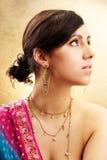 Verticale indienne de femme Images libres de droits