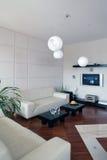 Verticale moderne de salle de séjour Photos libres de droits
