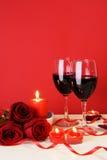 Verticale romantique de concept de dîner de lueur de chandelle Photographie stock libre de droits