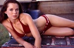 Verticales rouges de bikini de suède. Image libre de droits
