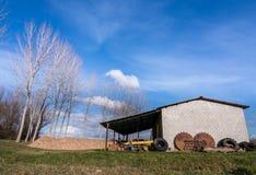 Vertiente para los instrumentos de la granja Fotografía de archivo libre de regalías