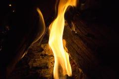 Vertikal flamma Arkivfoto