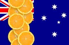 Vertikal rad för Australien flagga- och citrusfruktskivor arkivfoton