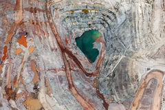 Vertikal sikt av Open Pit Mining Fotografering för Bildbyråer