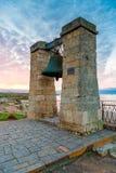 Vertikale Ansicht der großen Glocke bei Sonnenuntergang, altes Chersonese in C stockbild