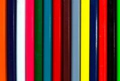 Vertikale bunte Streifen versicolored hölzernen Bleistifte backgr Stockfoto