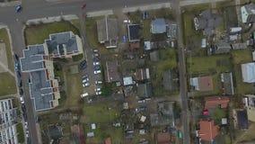 Vertikale Landung über Gebäuden stock video footage