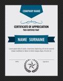 Vertikale Zertifikatschablone, Diplom, Buchstabegröße, Vektor lizenzfreie abbildung
