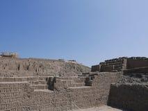 Vertikale Ziegelsteine in Huaca Pucllana, Miraflores, Lima Stockfoto