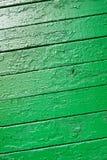 Vertikales Bild der Beschaffenheit der hölzernen Bretter, gemalt mit gre Lizenzfreies Stockfoto