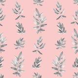 Vertikales Grau des nahtlosen Musters verlässt auf einem rosa Hintergrund watercolor Lizenzfreies Stockbild