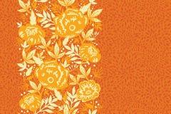 Vertikales nahtloses Muster der Feuerblumen und -blätter Lizenzfreies Stockbild
