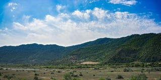 Vertikales Panorama von 3 HDR Bildern stockfoto