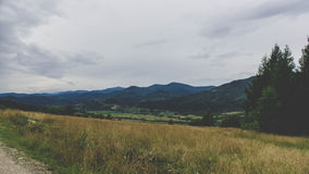 Vertikales Panorama von 3 HDR Bildern Stockfotos
