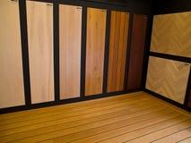 Vertoning van de vloeren van het hardhoutparket Stock Foto's