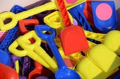 Vertoning van kleurrijke kinderenspades Stock Foto