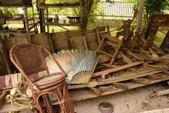 Vertoning van tsunamischipbreuk stock afbeelding