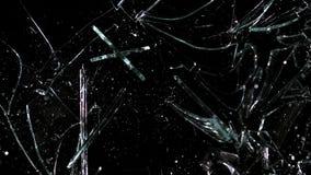 Vertraagt de hamer broking ruit van glas, stock videobeelden