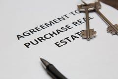 Vertrag für den Verkauf des Hauses Lizenzfreies Stockbild