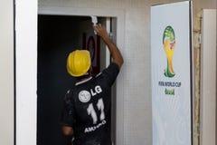 Vertraging in de werkzaamheden van de Wereldbeker 2014 Brazilië van FIFA Stock Afbeelding