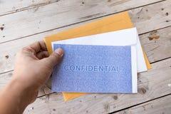 Vertrouwelijk de beschermingsconcept van de brievengegevensbeveiliging stock afbeelding