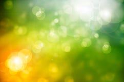 Verts abstraits de ressort de fond de nature Photographie stock libre de droits