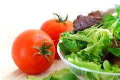 Verts et tomates de chéri Image libre de droits